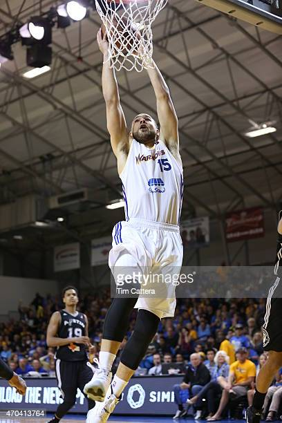 Mychel Thompson of the Santa Cruz Warriors dunks the ball against the Austin Spurs during the Western Conference Final NBA DLeague game on April 19...