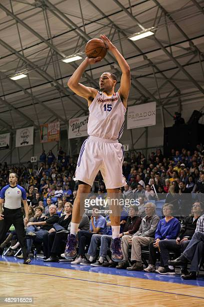 Mychel Thompson of the Santa Cruz Warriors shoots a jump shot against the Erie BayHawks on April 4 2014 at Kaiser Permanente Arena in Santa Cruz...
