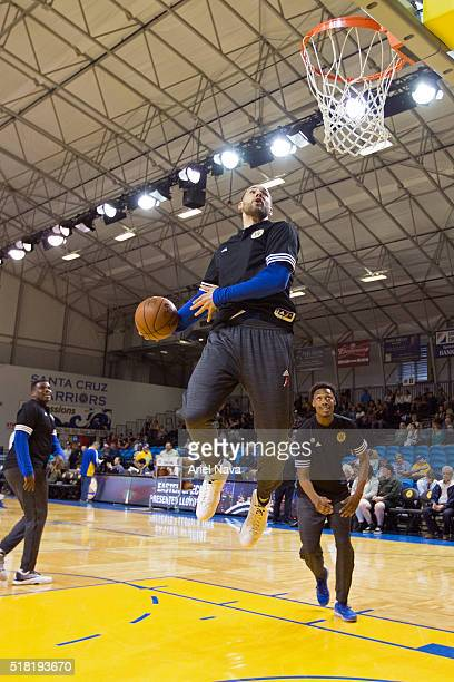 Mychel Thompson of the Santa Cruz Warriors warms up before an NBA DLeague game against the Austin Spurs on March 27 2016 in Santa Cruz California at...