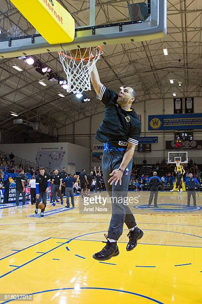 Mychel Thompson of the Santa Cruz Warriors warms up before the game against the Idaho Stampede on MARCH 24 2016 in Santa Cruz California at Kaiser...