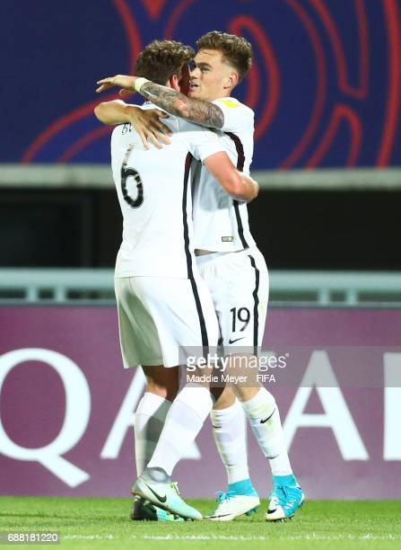 Myer Bevan of New Zealand celebrates with Joe Bell after scoring a goal during the FIFA U20 World Cup Korea Republic 2017 group E match between New...