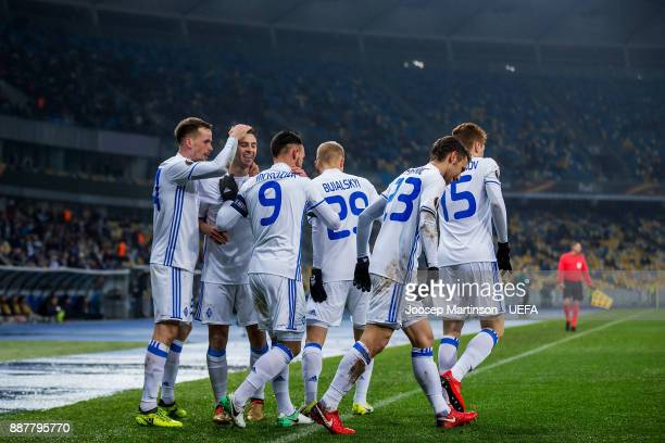 Mykola Morozyuk of FC Dynamo Kyiv celebrates his goal with team mates during the UEFA Europa League group B match between FC Dynamo Kyiv and FK...