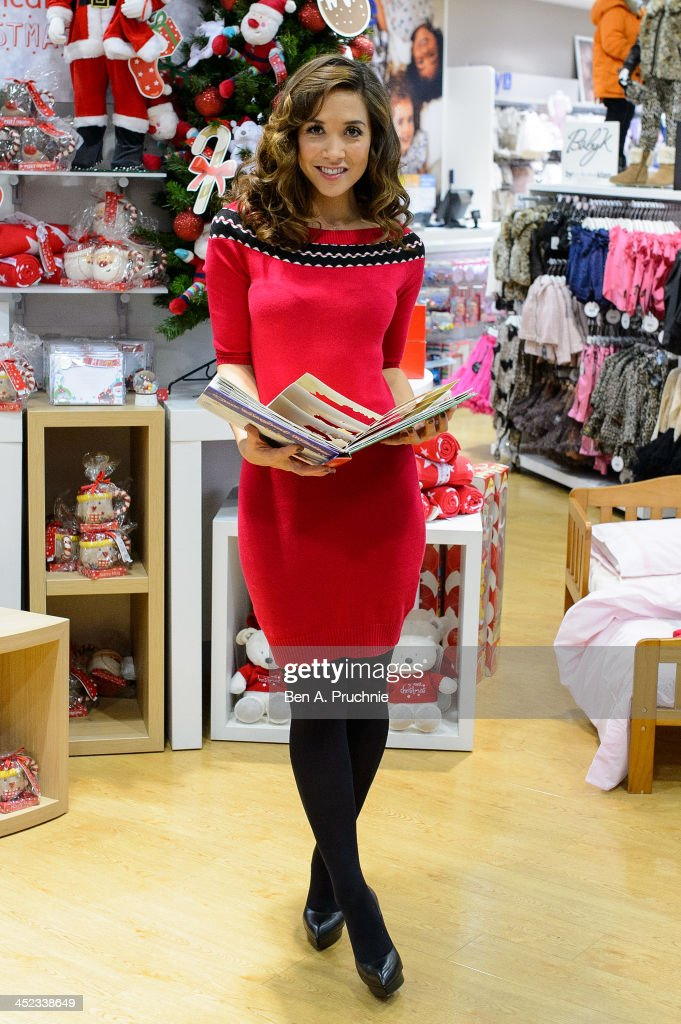 <a gi-track='captionPersonalityLinkClicked' href=/galleries/search?phrase=Myleene+Klass&family=editorial&specificpeople=201597 ng-click='$event.stopPropagation()'>Myleene Klass</a> attends a photocall ahead of a VIP Christmas party at the newly refurbished store Mothercare Oxford Street on November 28, 2013 in London, England.