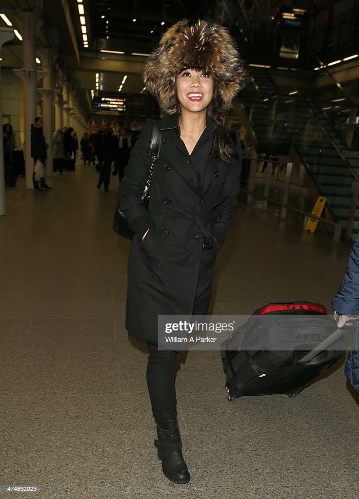 Myleene Klass is spotted returning to the UK after travelling from Paris on the Eurostar on February 25, 2014 in London, England.