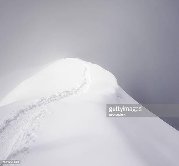 Mystérieuse Mountain Ridge