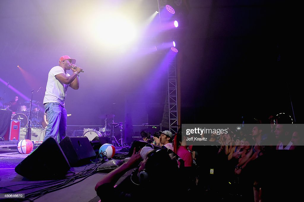 Mystikal performs during the Superjam onstage at This Tent during day 3 of the 2014 Bonnaroo Arts And Music Festival on June 14, 2014 in Manchester, Tennessee.