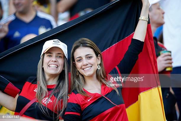 deutsche weibliche Fans Fussball Weltmeister Deutschland Weltmeisterschafts Finale Deutschland Argentinien 10 n Verlängerung Finale final wolrdcup...