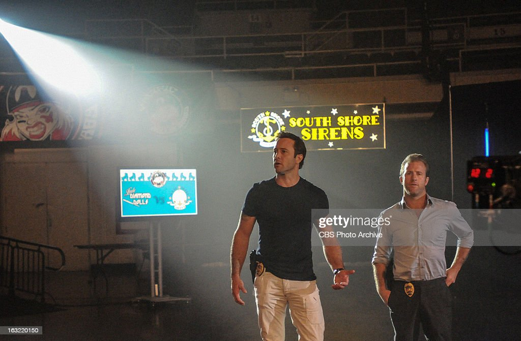 'Na Ki'i' -Danny (Scott Caan, right) and McGarrett (Alex O'Loughlin, left) investigates a murder that sends Catherine in undercover at the local roller derby to find the culprit, on HAWAII FIVE-0, Monday, March 18 (10:00-11:00 PM, ET/PT) on the CBS Television Network.