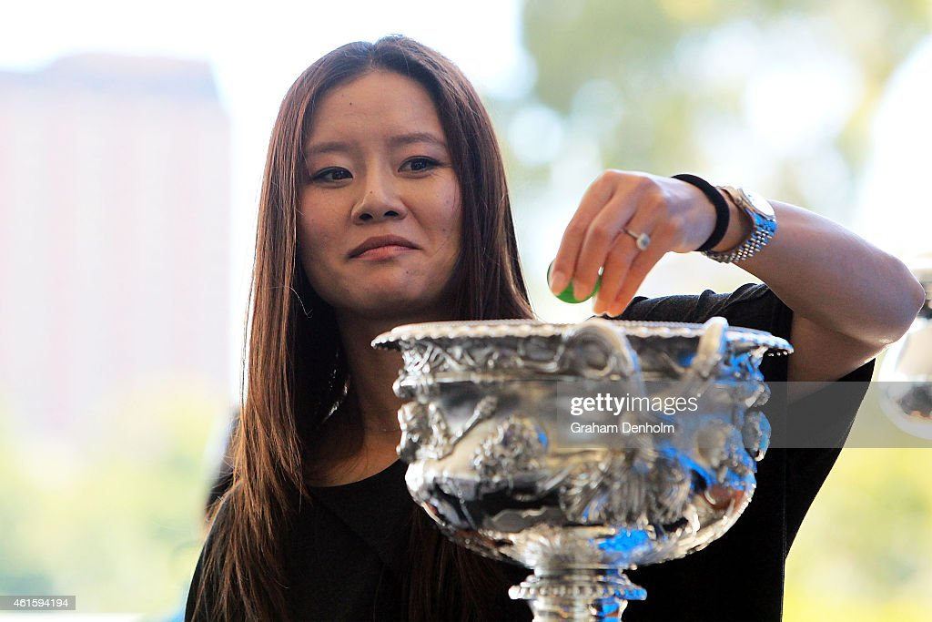 Na Li of China smiles during the 2015 Australian Open Official Draw ahead of the 2015 Australian Open at Melbourne Park on January 16, 2015 in Melbourne, Australia.