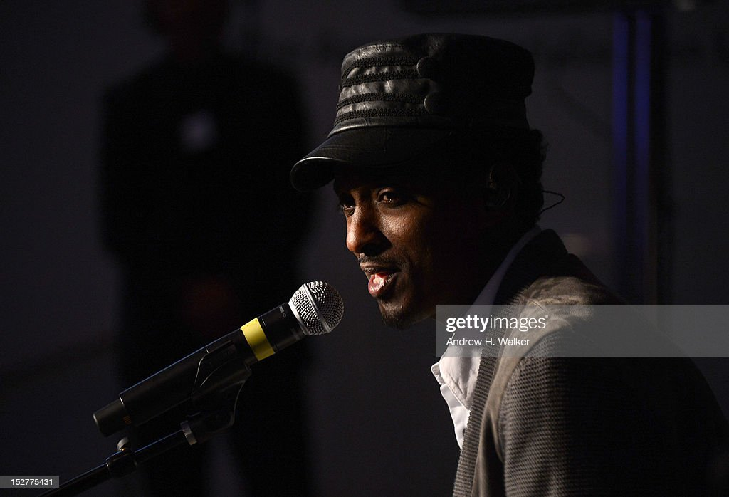 <a gi-track='captionPersonalityLinkClicked' href=/galleries/search?phrase=K%27naan&family=editorial&specificpeople=754982 ng-click='$event.stopPropagation()'>K'naan</a> performs onstage at the United Nations Every Woman Every Child Dinner 2012 on September 25, 2012 in New York, United States.