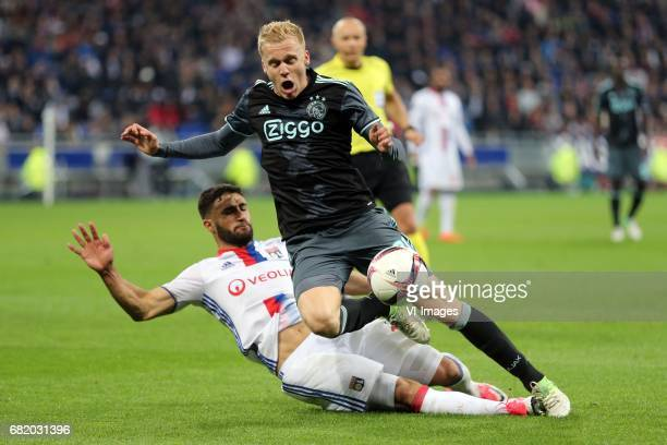 Nabil Fekir of Olympique Lyonnais Donny van de Beek of Ajaxduring the UEFA Europa League semi final match between Olympique Lyonnais and Ajax...