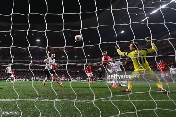 Nacer Chadli of Tottenham Hotspur scores his second goal during the UEFA Europa League Round of 16 2nd leg match between SL Benfica and Tottenham...