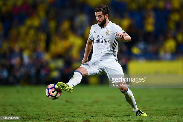 Nacho Fernandez of Real Madrid CF runs with the ball during the La Liga match between UD Las Palmas and Real Madrid CF on September 24 2016 in Las...
