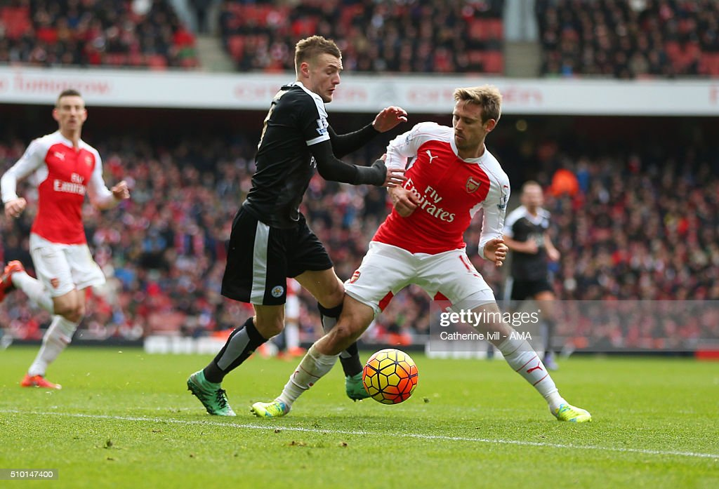 <a gi-track='captionPersonalityLinkClicked' href=/galleries/search?phrase=Nacho+Monreal&family=editorial&specificpeople=4078049 ng-click='$event.stopPropagation()'>Nacho Monreal</a> of Arsenal brings down <a gi-track='captionPersonalityLinkClicked' href=/galleries/search?phrase=Jamie+Vardy&family=editorial&specificpeople=8695606 ng-click='$event.stopPropagation()'>Jamie Vardy</a> of Leicester City in the penalty area during the Barclays Premier League match between Arsenal and Leicester City at the Emirates Stadium on February 14, 2016 in London, England.
