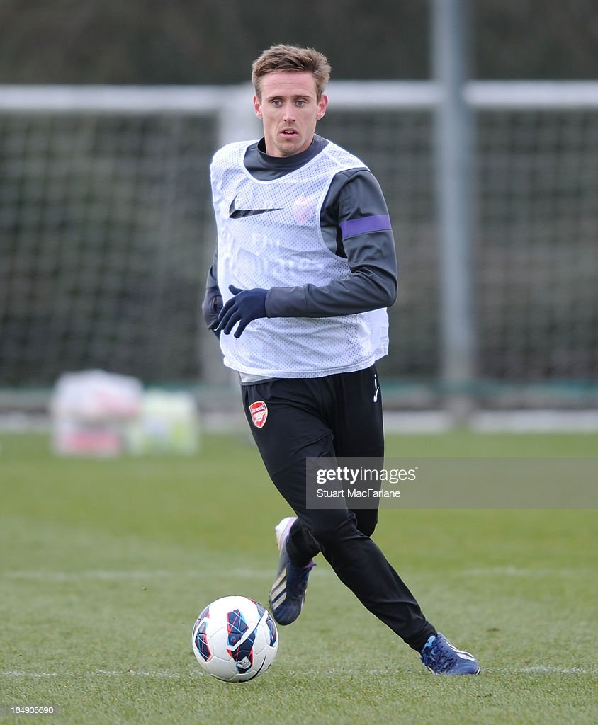 <a gi-track='captionPersonalityLinkClicked' href=/galleries/search?phrase=Nacho+Monreal&family=editorial&specificpeople=4078049 ng-click='$event.stopPropagation()'>Nacho Monreal</a> of Arsenal during a training session at London Colney on March 29, 2013 in St Albans, England.