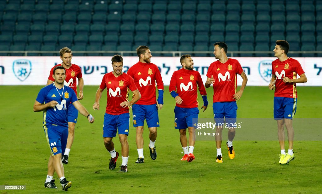 Nacho Monreal of Spain , Cesar Azpilicueta of Spain , Sergio Ramos of Spain , Jordi Alba of Spain , Sergio Busquets of Spain and Marc Bartra of Spain attends a training session on October 8, 2017 in Jerusalem, Israel.