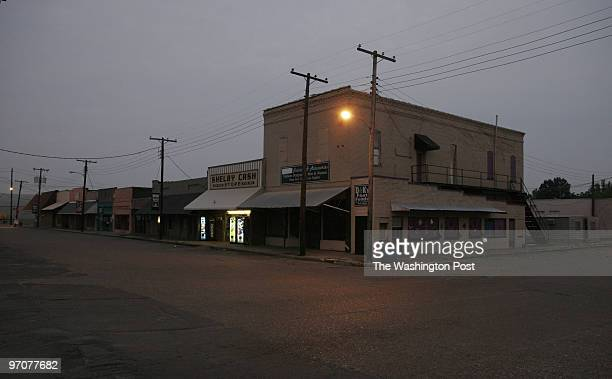 June 16 2007 CREDIT Carol Guzy/ The Washington Post Mound Bayou Mississippi Many shops are boarded up on Beale Street the main street in town Small...
