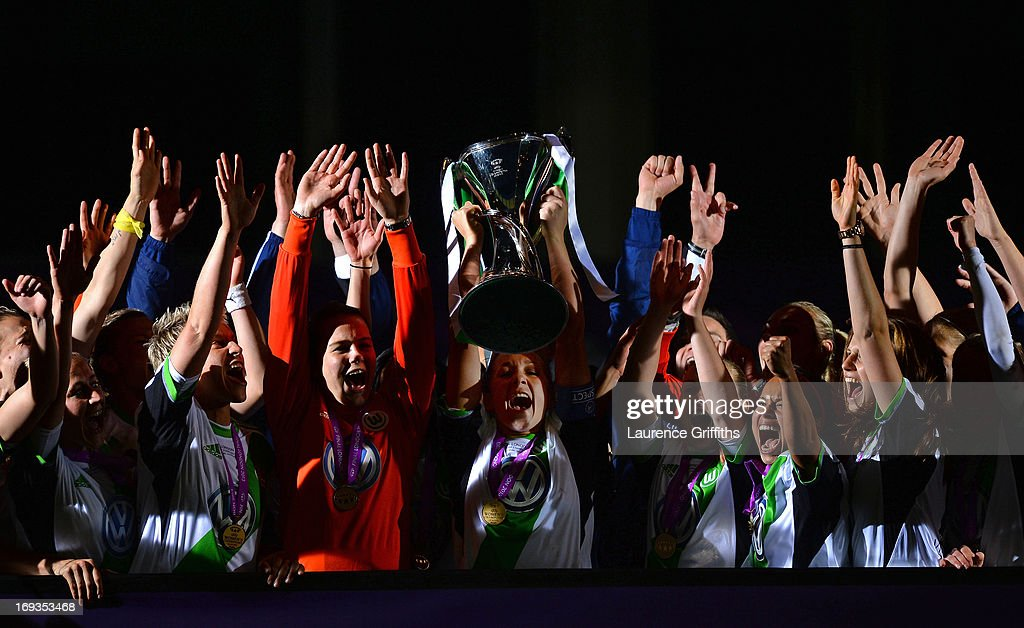 <a gi-track='captionPersonalityLinkClicked' href=/galleries/search?phrase=Nadine+Kessler&family=editorial&specificpeople=683339 ng-click='$event.stopPropagation()'>Nadine Kessler</a> of VfL Wolfsburg lifts the trophy after victory in the UEFA Women's Champions League Final Match between VfL Wolfsburg and Olympique Lyonnais at Stamford Bridge on May 23, 2013 in London, England.