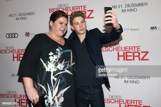 Nadine Wrietz and Philip Noah Schwarz take a selfie during the 'Dieses bescheuerte Herz' premiere at Mathaeser Filmpalast on December 11 2017 in...