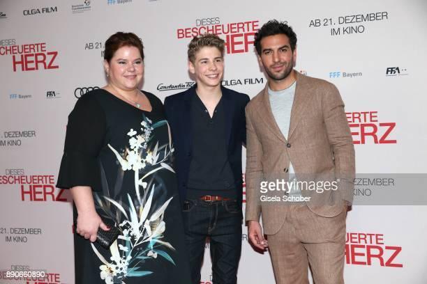 Nadine Wrietz Philip Noah Schwarz and Elyas M'Barek during the 'Dieses bescheuerte Herz' premiere at Mathaeser Filmpalast on December 11 2017 in...