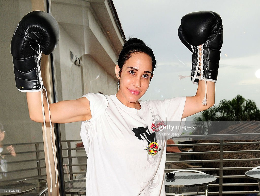 Octomom Celebrity Boxing | Fan Proposes Video