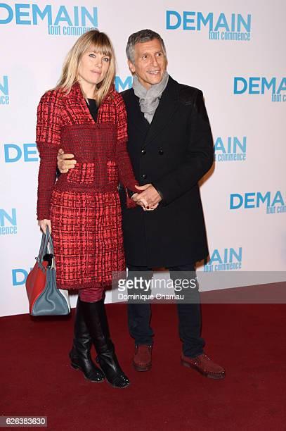 Nagui and Melanie Page attend the 'Demain Tout Commence' Paris Premiere at Le Grand Rex on November 28 2016 in Paris France