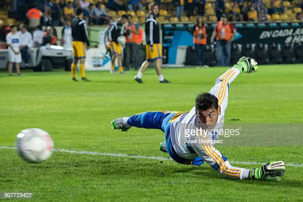 Nahuel Guzman goalkeeper of Tigres warms up prior the fourth round match between Tigres and Leon as part of the Clausura 2016 Liga MX at...