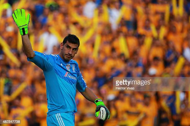 Nahuel Guzman of Tigres gestures during a first leg final match between Tigres UANL and River Plate as part of Copa Bridgestone Libertadores 2015 at...