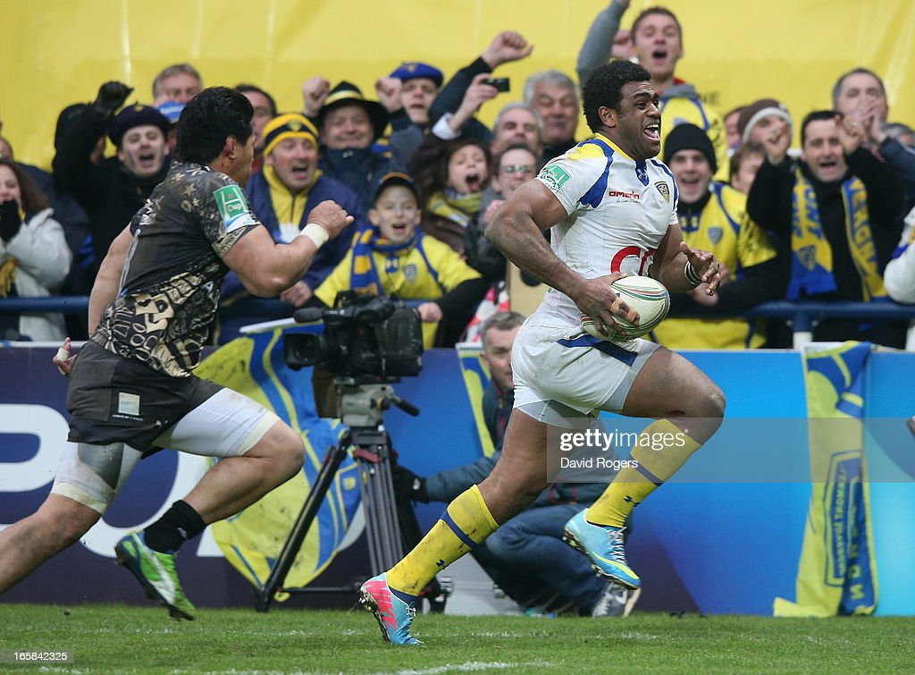 Naipolioni Nalaga of Clermont Auvergne breaks clear to score a try during the Heineken Cup quarter final match between Clermont Auvergne and Montpellier at Stade Marcel Michelin on April 6, 2013 in Clermont-Ferrand, France.