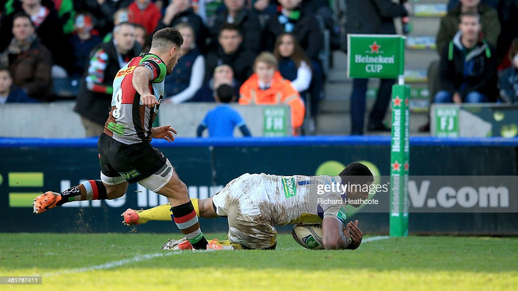 Naipolioni Nalaga of Clermont scores a try during the Heineken Cup match between Harlequins and Clermont Auvergne at the Twickenham Stoop on January 11, 2014 in London, England.
