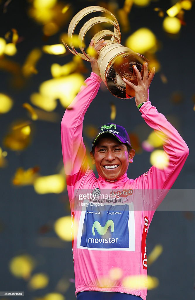 <a gi-track='captionPersonalityLinkClicked' href=/galleries/search?phrase=Nairo+Quintana&family=editorial&specificpeople=8831308 ng-click='$event.stopPropagation()'>Nairo Quintana</a> of Colombia and team Movistar lifts the winners trophy, the 'Trofeo Senza Fine', following the twenty-first stage of the 2014 Giro d'Italia, a 172km stage between Gemona del Friuli and Trieste on June 1, 2014 in Trieste, Italy.