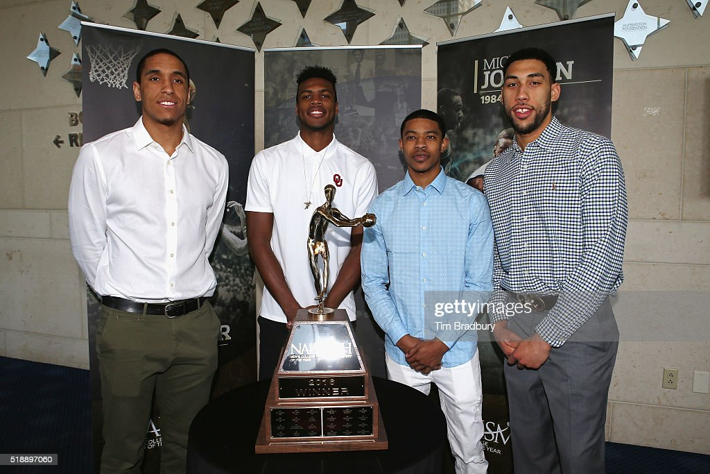 Naismith College Player of the Year Finalists <a gi-track='captionPersonalityLinkClicked' href=/galleries/search?phrase=Malcolm+Brogdon&family=editorial&specificpeople=8768599 ng-click='$event.stopPropagation()'>Malcolm Brogdon</a> of the Virginia Cavaliers, <a gi-track='captionPersonalityLinkClicked' href=/galleries/search?phrase=Buddy+Hield&family=editorial&specificpeople=9988395 ng-click='$event.stopPropagation()'>Buddy Hield</a> of the Oklahoma Sooners, <a gi-track='captionPersonalityLinkClicked' href=/galleries/search?phrase=Tyler+Ulis&family=editorial&specificpeople=11049531 ng-click='$event.stopPropagation()'>Tyler Ulis</a> of the Kentucky Wildcats, and <a gi-track='captionPersonalityLinkClicked' href=/galleries/search?phrase=Denzel+Valentine&family=editorial&specificpeople=9980674 ng-click='$event.stopPropagation()'>Denzel Valentine</a> of the Michigan State Spartans pose with the Naismith Trophy during the 2016 Naismith Awards Brunch at Hobby Center for the Performing Arts on April 3, 2016 in Houston, Texas.