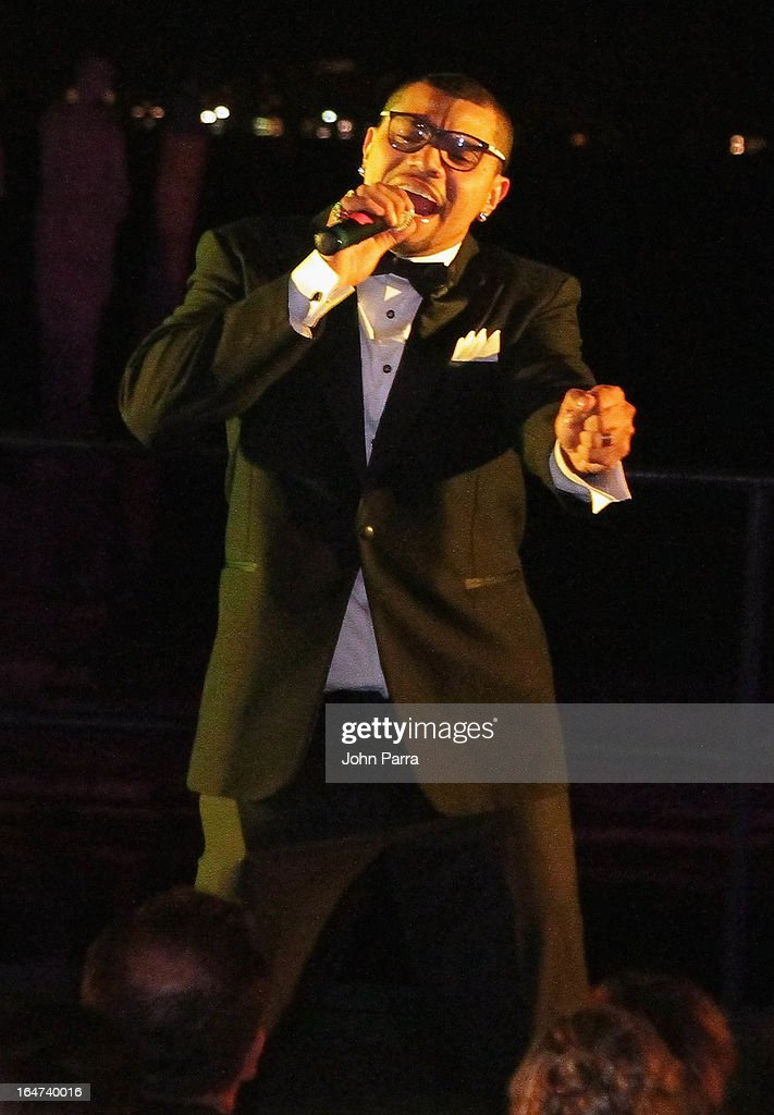 Naldo Benny performs at the II BrazilFoundation Gala Miami at Vizcaya Museum & Gardens on March 26, 2013 in Miami, Florida.