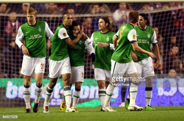 Naldo of Bremen celebrate with his team mates after he scores his team's 2nd goal during the UEFA Europa League Group L match between Atletico Bilbao...