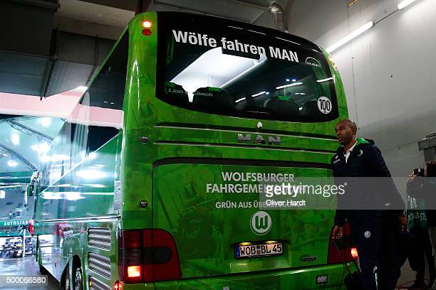 Naldo of Wolfsburg arrival to the First Bundesliga match at between VfL Wolfsburg and Borussia Dortmund at Volkswagen Arena on December 5 2015 in...