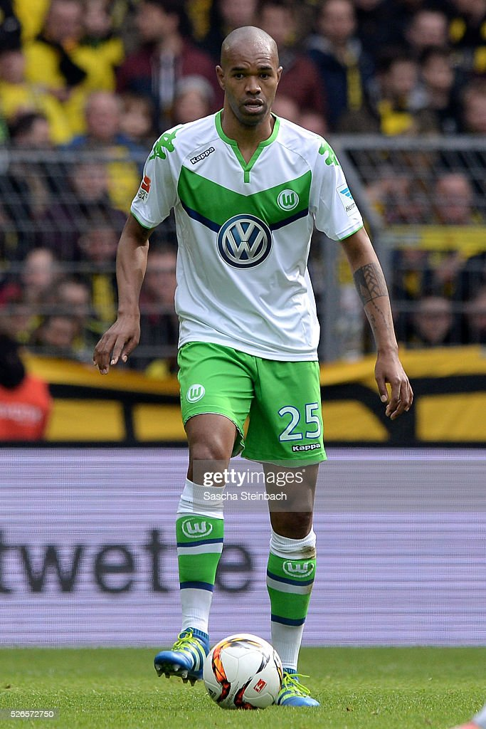 Naldo of Wolfsburg controls the ball during the Bundesliga match between Borussia Dortmund and VfL Wolfsburg at Signal Iduna Park on April 29, 2016 in Dortmund, Germany.