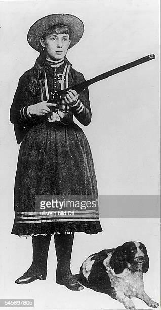 ANNIE OAKLEY /nAmerican markswoman