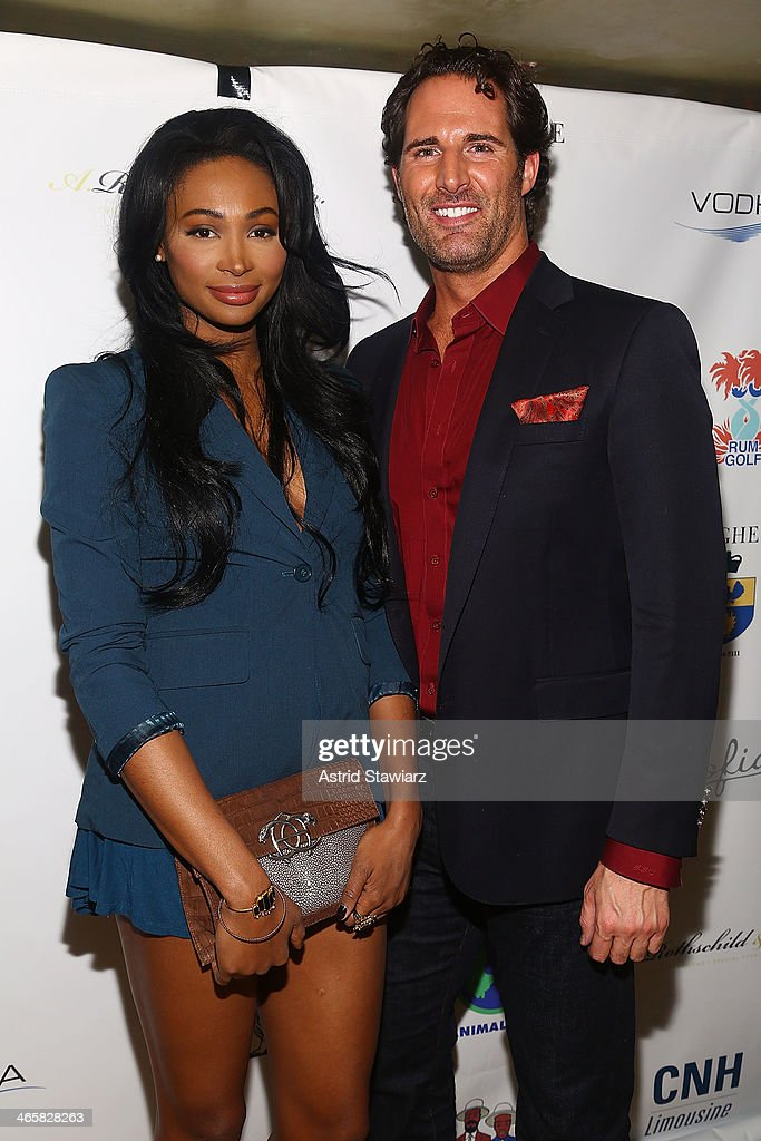 <a gi-track='captionPersonalityLinkClicked' href=/galleries/search?phrase=Nana+Meriwether&family=editorial&specificpeople=4594046 ng-click='$event.stopPropagation()'>Nana Meriwether</a> and James Valenti attend the 2014 Animal USA Event at The Jane Hotel on January 29, 2014 in New York City.