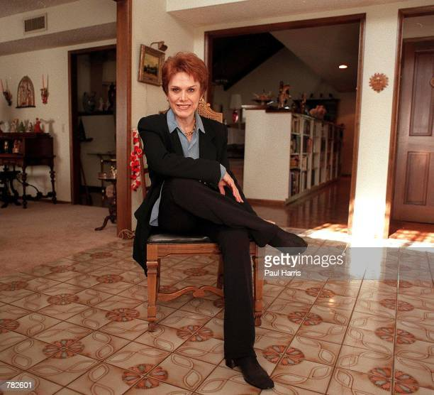 Nancy Aniston estranged mother of Jennifer Aniston poses at her friend's house December 17 1999 in the San Fernando Valley of California Nancy is the...