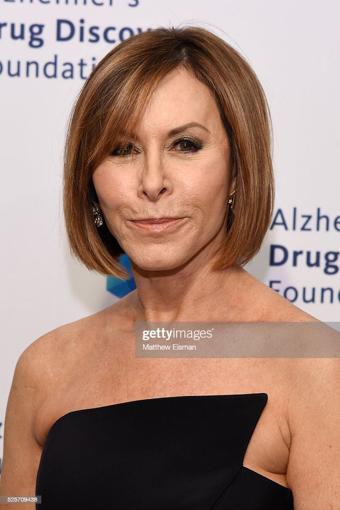 Nancy Goodes attends Alzheimer's Drug Discovery Foundation 10th Annual Connoisseur's Dinner at Sotheby's on April 28, 2016 in New York City.