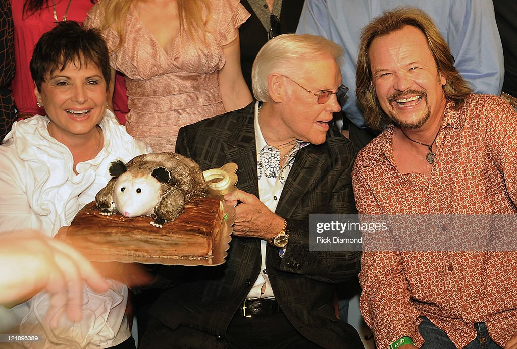 Nancy Jones George Jones and Singer/Songwriter Travis Tritt celebrate at his George Jones' 80th birthday party at Rippy's Bar Grill on September 13...
