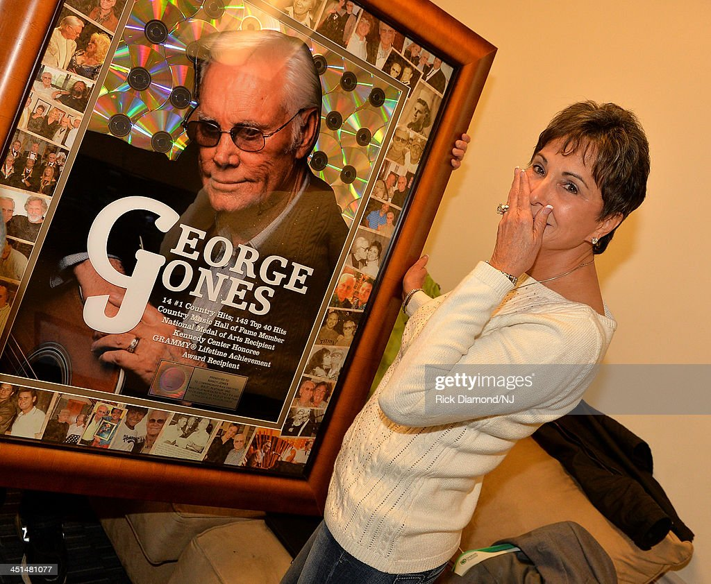 George Jones - Tennessee Whiskey / Almost Persuaded