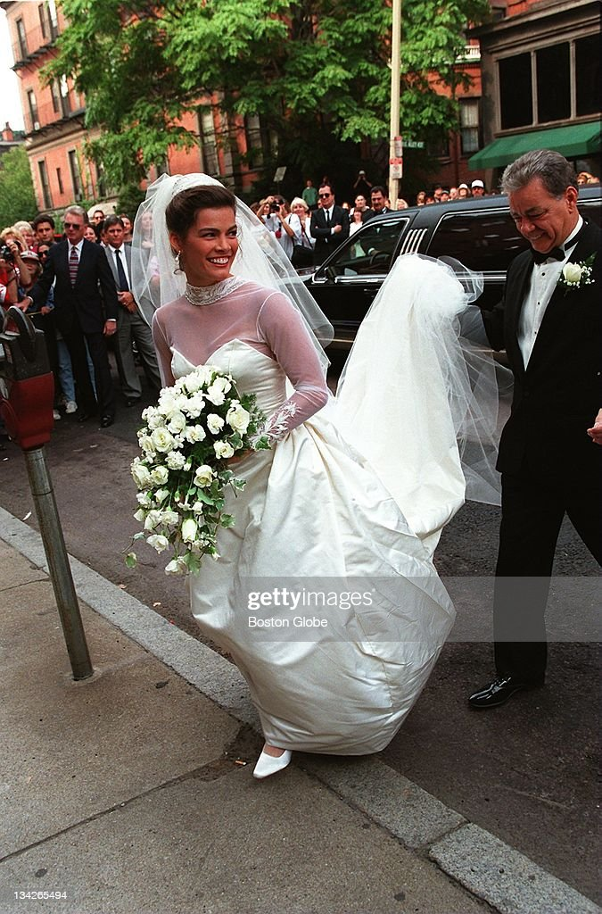 Nancy kerrigan wedding dress