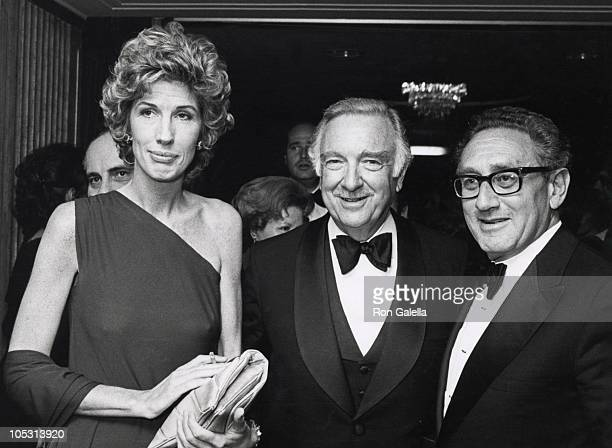Walter Cronkite >> Nancy Kissinger Stock Photos and Pictures | Getty Images