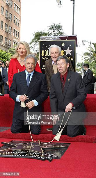 Nancy Mehta Kirk Douglas Zubin Mehta and Leron Gubler at Zubin Mehta's star ceremony on Hollywood Walk of Fame on March 1 2011 in Hollywood California