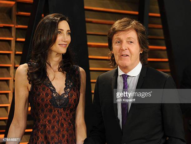 Nancy Shevell and Sir Paul McCartney attend the 2014 Vanity Fair Oscar Party hosted by Graydon Carter on March 2 2014 in West Hollywood California