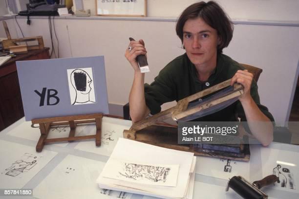 Nancy Sulmont presente son invention la premiere presse lithographique portable en septembre 1993 a Nantes France