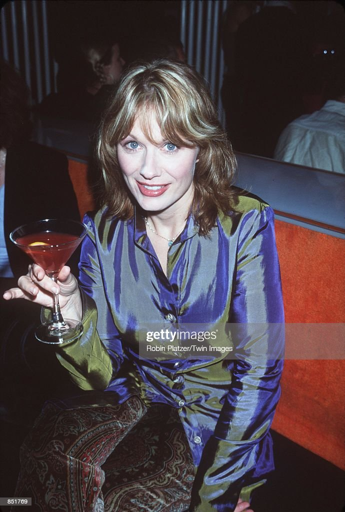 Nancy Wilson of the rock band attends the premiere of 'Almost Famous' September 11 2000 in New York NY