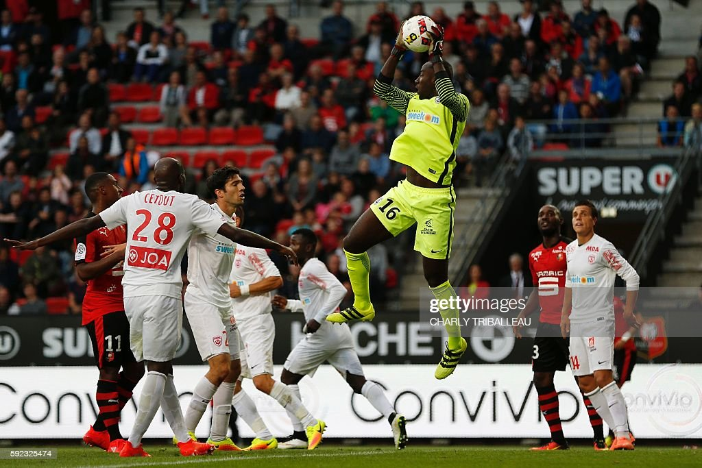 Nancy's Cameroonese goalkeeper GuyRoland Ndy Assembe catches the ball during the French L1 football match between Stade Rennais FC and AS Nancy...