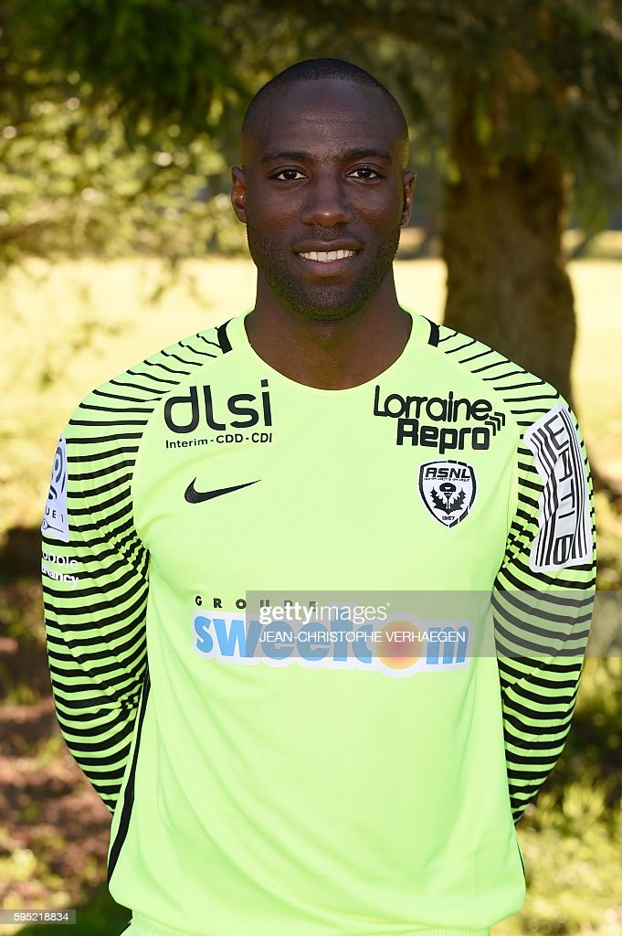 Nancy's L1 football club Cameroonese goalkeeper GuyRoland Ndy Assembe poses for photographers during the presentation of the 20162017 season's team...